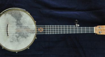 Custom Dog Inlaid Print Piccolo Banjo