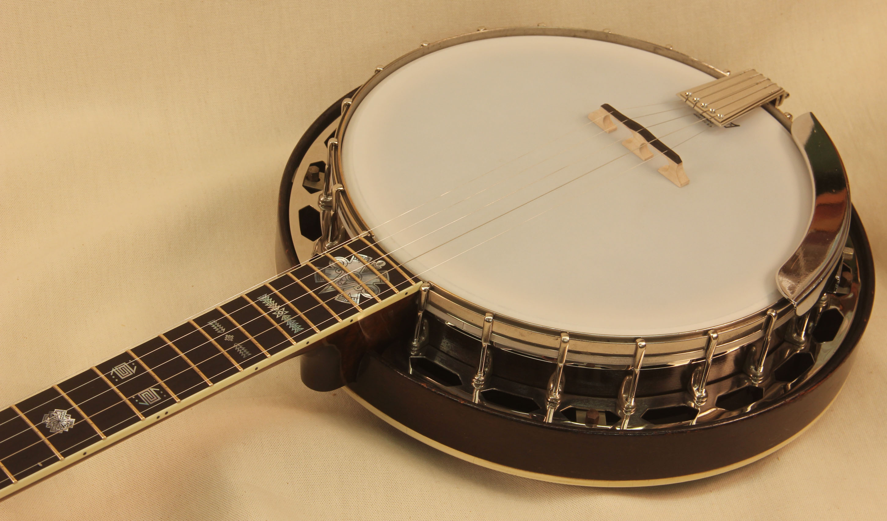 Gibson TB-2 Pyramid Tone Ring Banjo with Conversion Neck